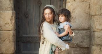 Maria com Jesus no colo