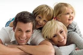 Familia sorridente